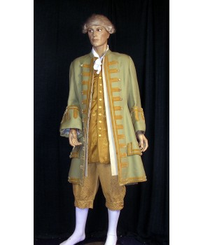 https://malle-costumes.com/6752/marquis-vert.jpg