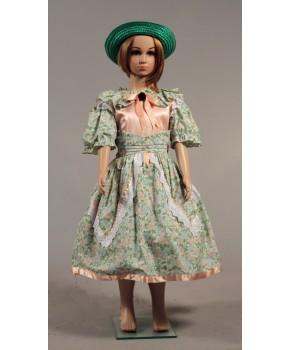 https://malle-costumes.com/7032/petite-fille-modele-vert-rose.jpg